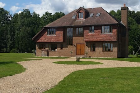 Farmhouse:Fabulous rural location - Tenterden - Bed & Breakfast