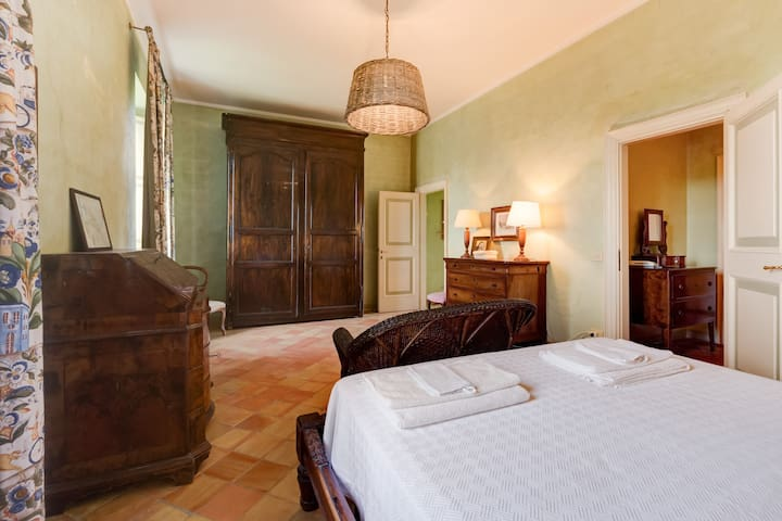 The main bedroom - first floor (Casale San Carlo)
