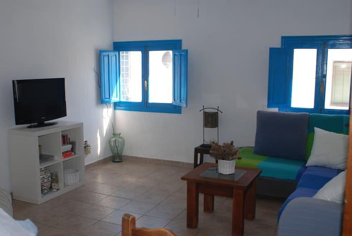 Beachside Village Holiday Apartment - Carboneras - Appartement