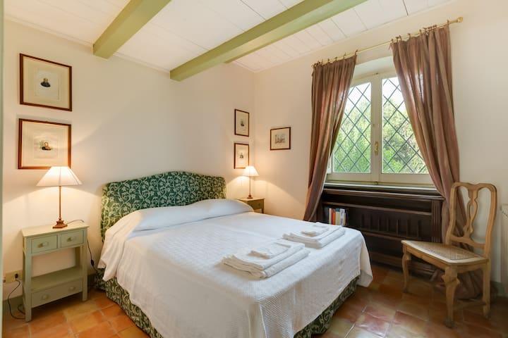 Double/Twin bedroom - ground floor (Casale San Carlo)