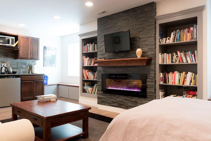 Cozy Studio in Berkeley/Highlands--Denver's Best!
