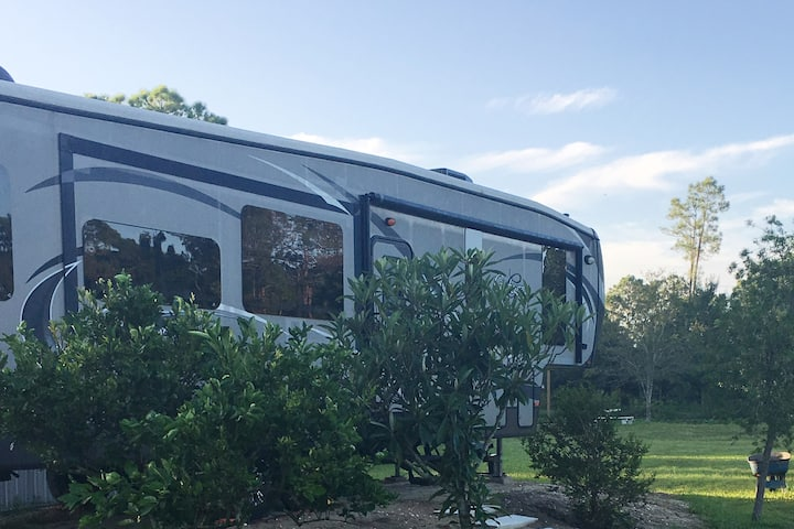 Luxury RV at Paradise Ranch