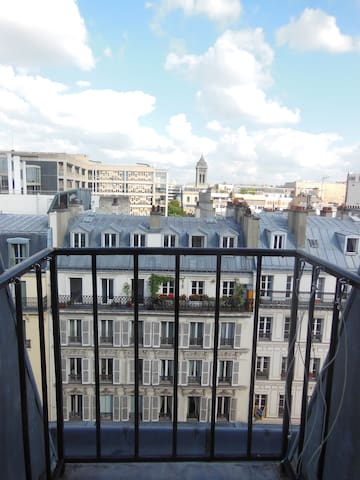 Apartment in Montparnasse neighborhood