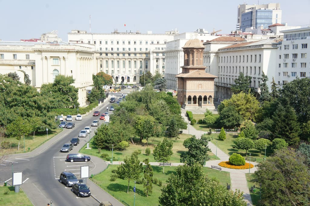 Awesome view 2 bedrooms apt downtown serviced for Bucharest apartments