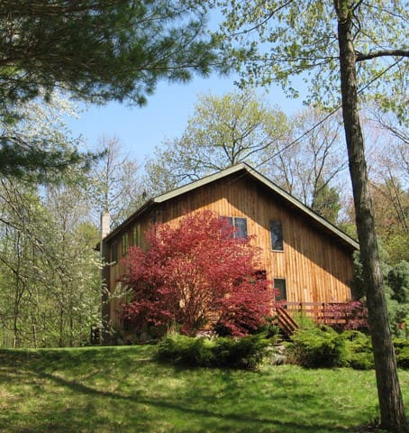 BEAUTY Artist Home in the Catskills - Palenville