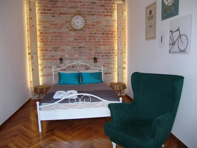 Chic Apartment - Old Town - KK28