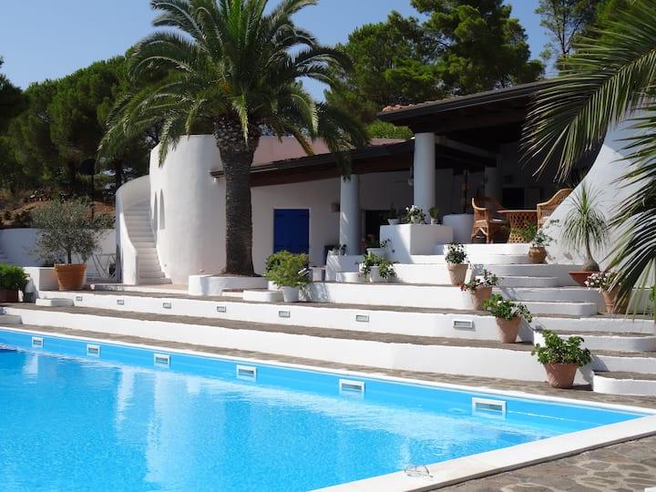 Stunning Aeolian Villa with Pool