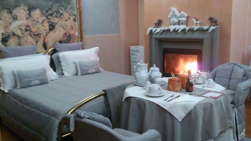 BeB  tra le vigne - Grumello Del Monte  - Bed & Breakfast