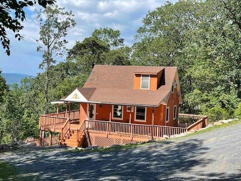 Samadhi Mountain View cabin