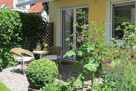 Ferienzimmer - Regensburg