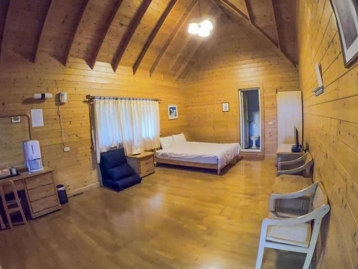 獨立寬敞明亮的獨立木屋。豪華木屋2人房