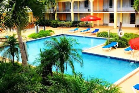 The Royal Islander Hotel - Leisure, Business & Fun