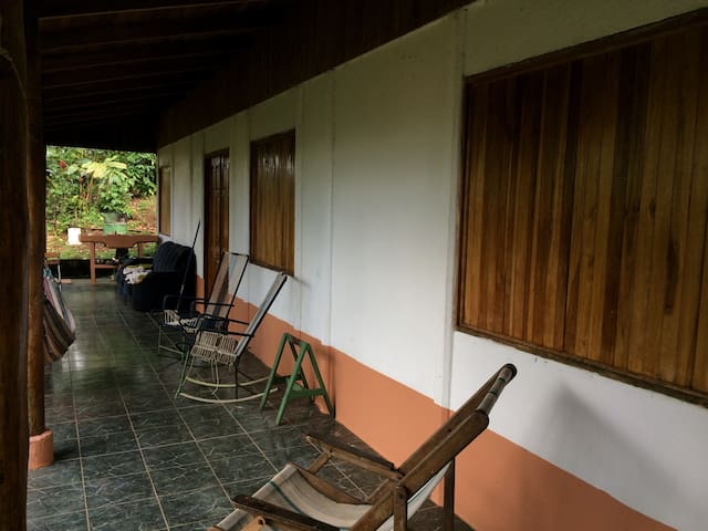 Charming house near La Fortuna - Bajo Rodriguez - Huis