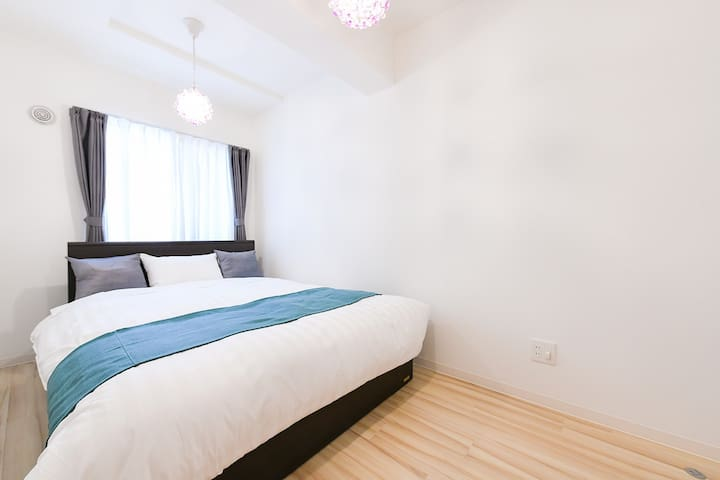 Clean and comfortable bed room♪ ベッドルーム1