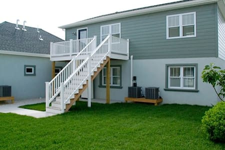 one block to the beach 2nd Floor - Wildwood Crest - Apartment