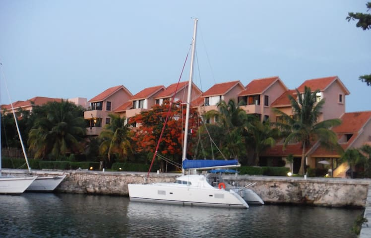 Loft 2 steps from the beach - Puerto Aventuras - Apartment