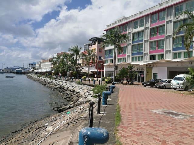 2L Sea View Sandakan Town City Centre Back Packer
