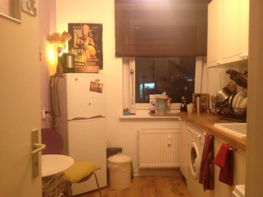 wohnung in ottensen apartments for rent in hamburg hamburg germany. Black Bedroom Furniture Sets. Home Design Ideas