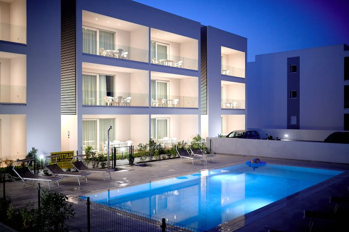West Village Appartamento 4 - NUOVO con piscina