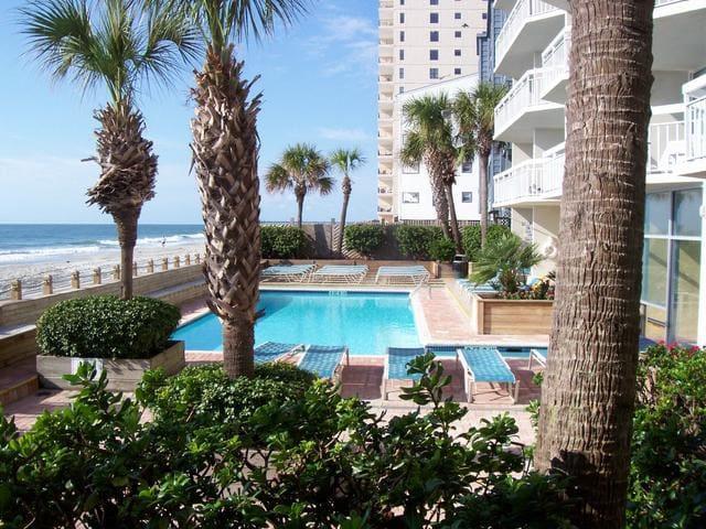 Spectacular  oceanfront condo.. Super Rates!! - Garden City