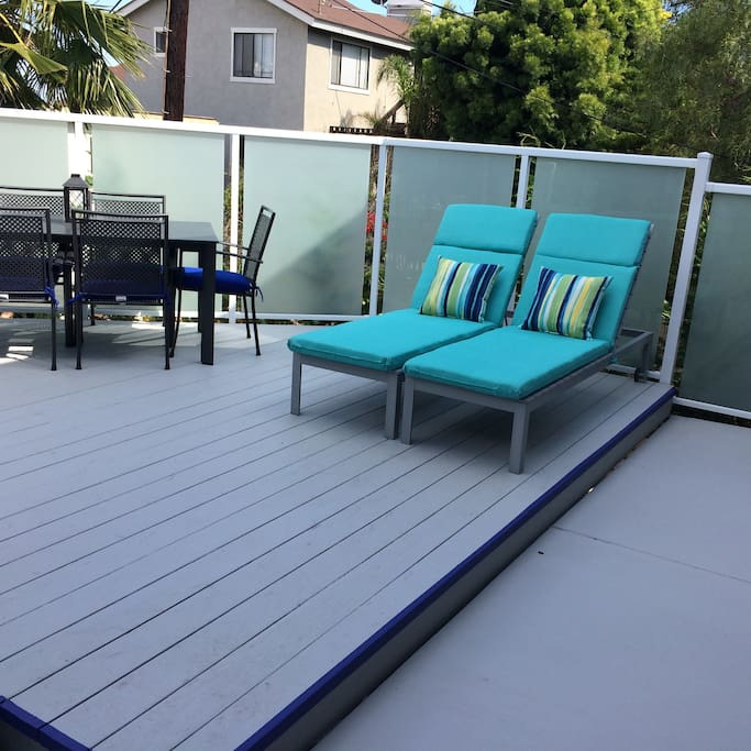 Relax on the sunny deck. There is a butane barbecue for cook outs!