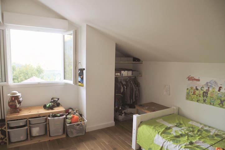 Deuxième chambre simple (1/2)