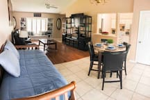 Florida Style In-law Suite (900 sq ft)