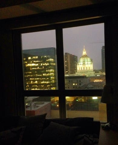 Night view of city hall from the bedroom 1