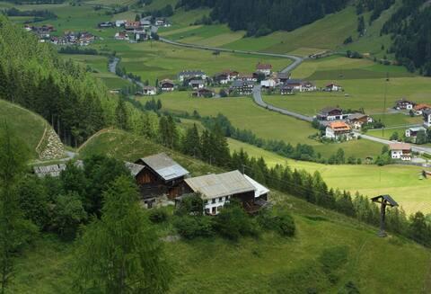 Monument over en fredet bondegård - Ögghof 222, Tyrol