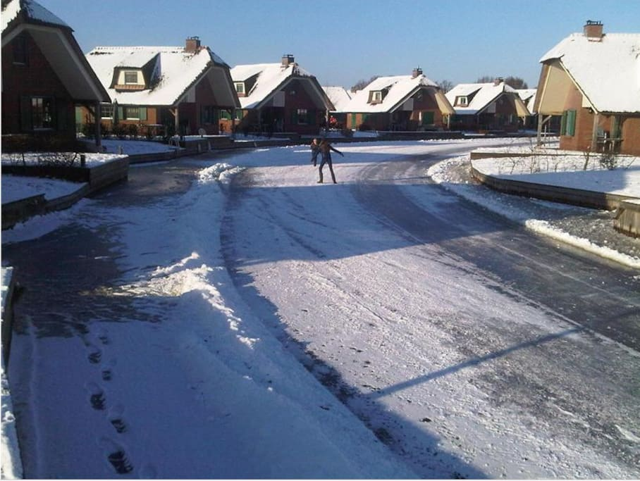 your house in winter: skating possible