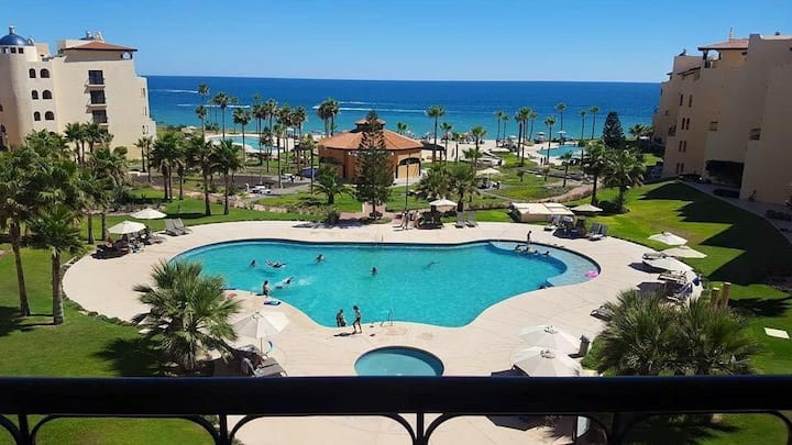 princesa de peñasco with a beautifull ocean view