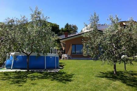 VILLA Maggie - Lake view and  pool - Soiano