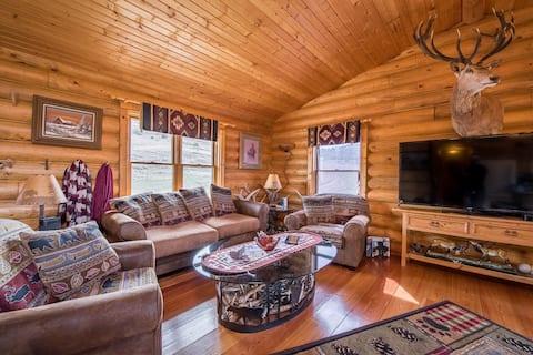 Scenic Buckhorn Ranch Cabin