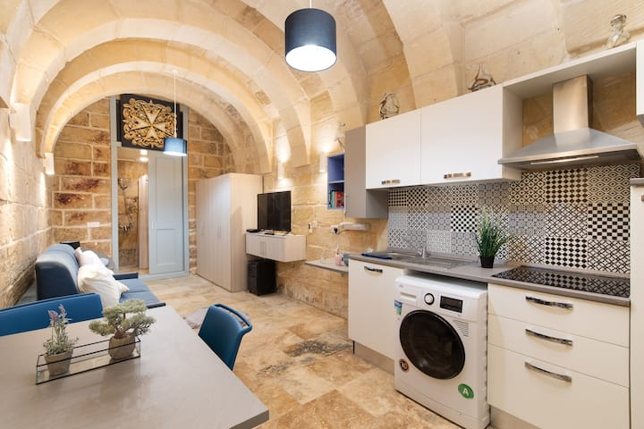 MCC Suites - #63 - Valletta