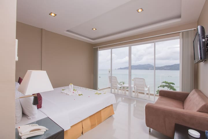 Superior Room for 2, sea view - Patong - Bed & Breakfast