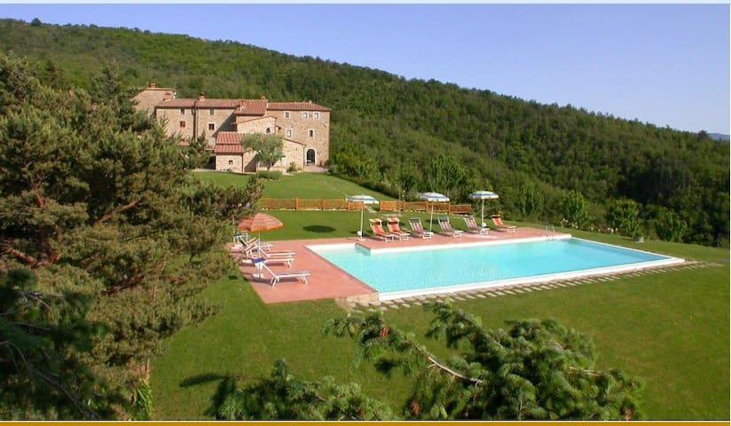Camera matrimoniale in agriturismo - Arezzo