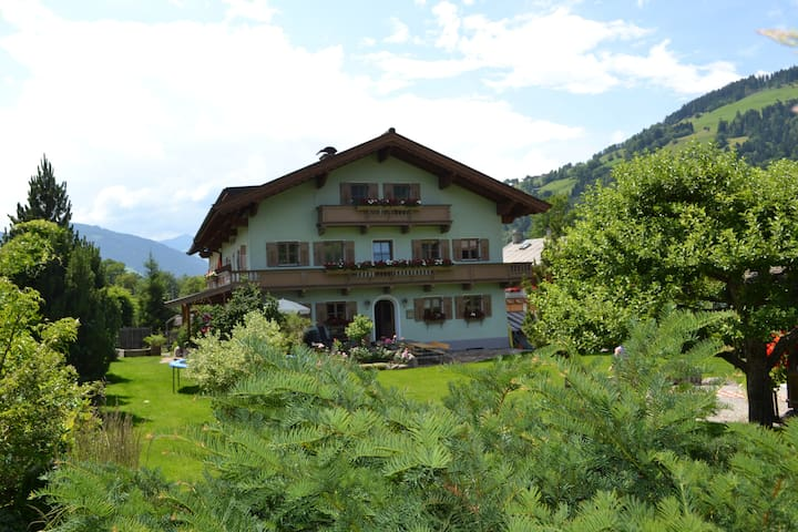 Stylish 3 Bedroom Apartment - Brixen im Thale - Leilighet