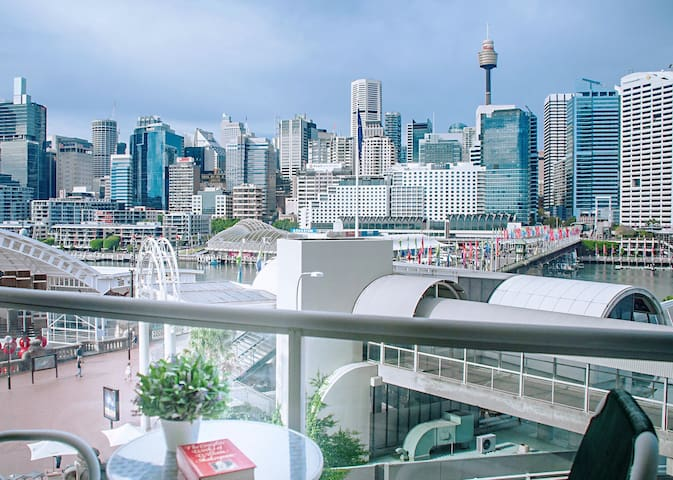 Sit on the balcony and enjoy Darling Harbour View