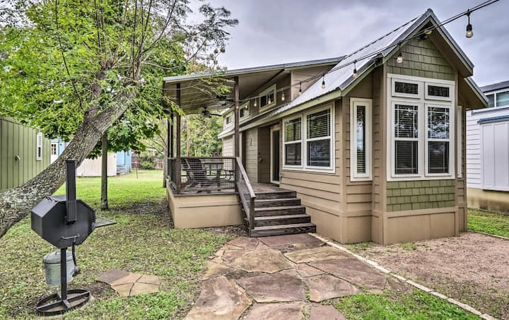 Hip Cabin w/ Deck by San Marcos River!