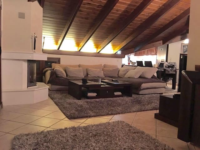 Loft 140m  in the town center