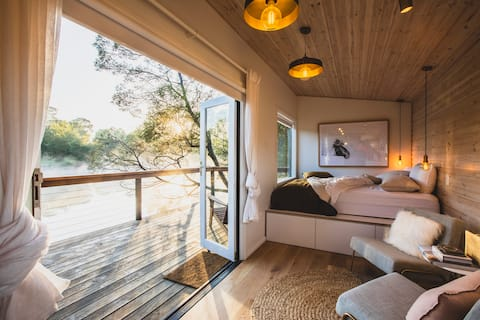 Hideout Cabin - Luxury Tiny Home