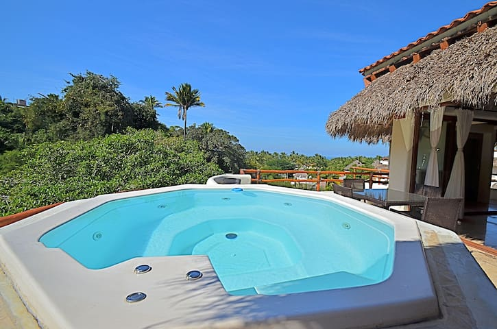 3B/3B + DEN Penthouse Best Location - Sayulita - Villa