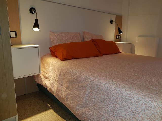 Habitación para dos baño exclusivo / Castelldefels