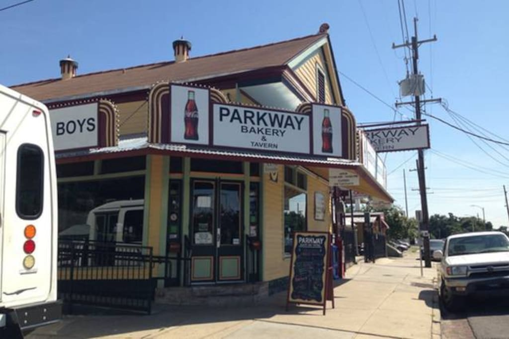 The famous Parkway Bakery and Tavern is one block away on Bayou St John. Where President Obama and Beyonce get their poboys while in NOLA.