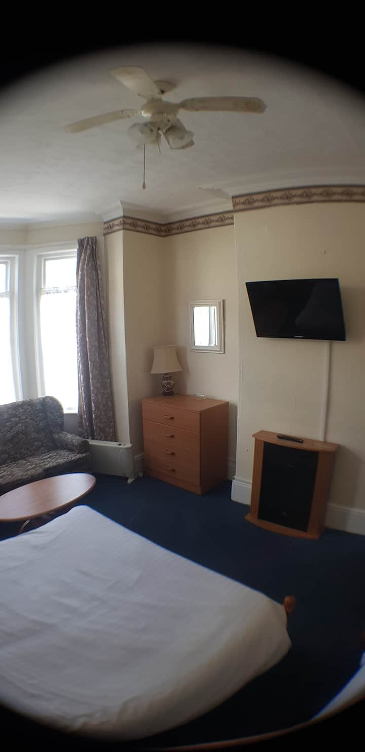 Glen Villa flat 4 (2 Berth)