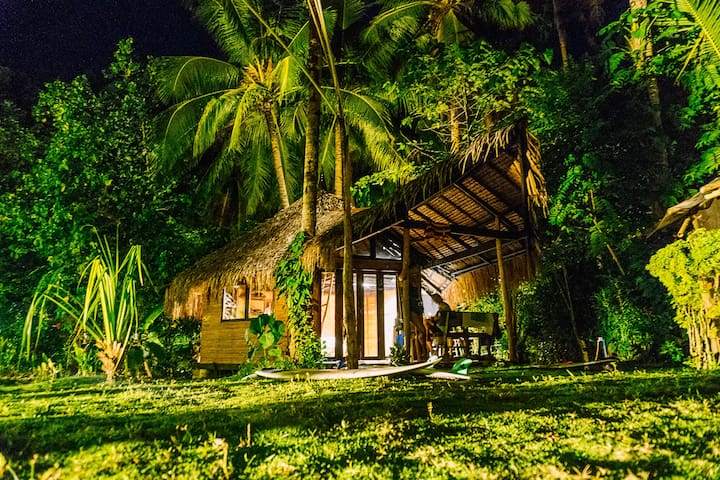 COTTAGE beachfront at 'Pirate Castle Siargao'