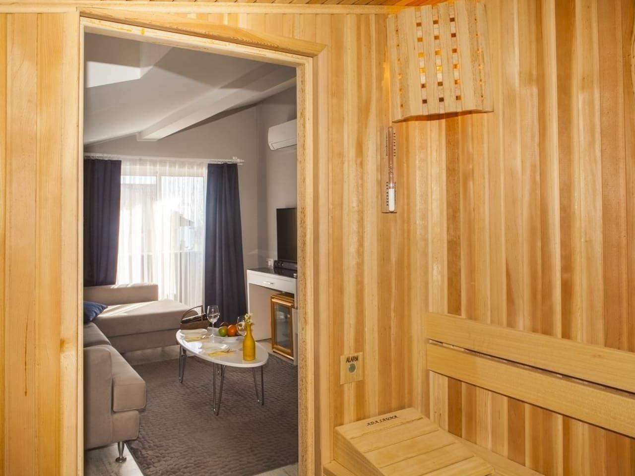 Terrace Suite with Hottub
