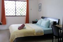 King size bed, spacious 18 Sq m