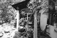 Blossom homestay (double room downstairs) LOTUS