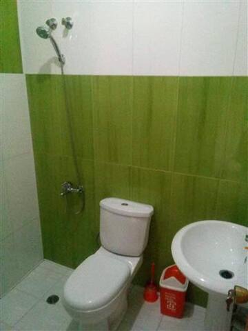 CASA PIRINHA - Quarto 3 Double/ Twin WC Privado